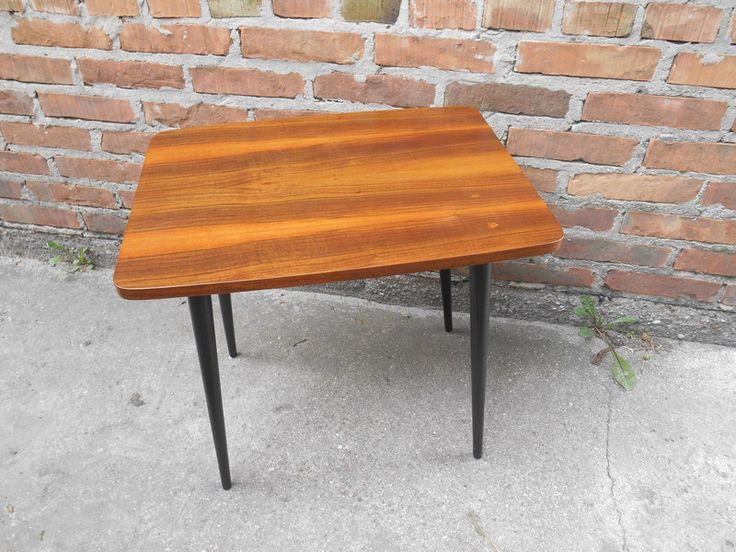 Süsses kleines Vintage-Tischchen von Time_Machine auf DaWanda.com