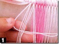 Separe quatro fios duplos para o macramê