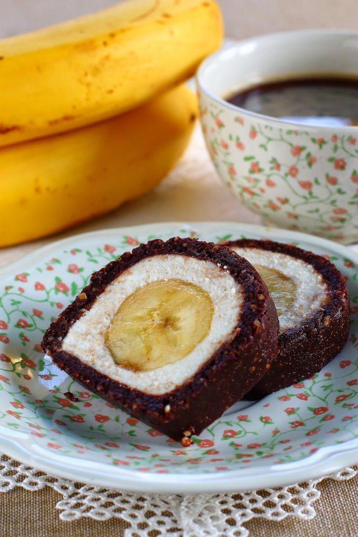 Az alapötlet egy szintén sütés nélküli pleo édességből, a Raffaello tekercsből származik. Hozzávalók: a barna részhez: 15 ...