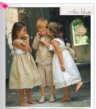 les tenues des petites filles d'honneur