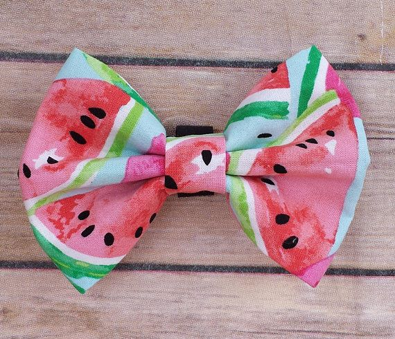 Summer Dog Bow Tie / Watermelon Dog / Dog Bow Tie / Collar Bow Tie / Food Theme Bow Tie / Fun Dog Bow Tie / Medium Dog Bow Tie / Large Dog