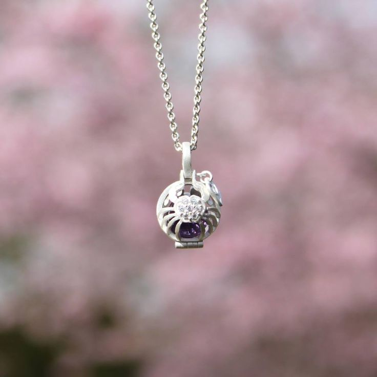 #globeofcancer with #indianmysteries #treasure from #1people #1peopletogether Thinking of purchasing it for #mother's #bday #birthday #danishdesign #changetheworld #makeadifference #supportthirdworld