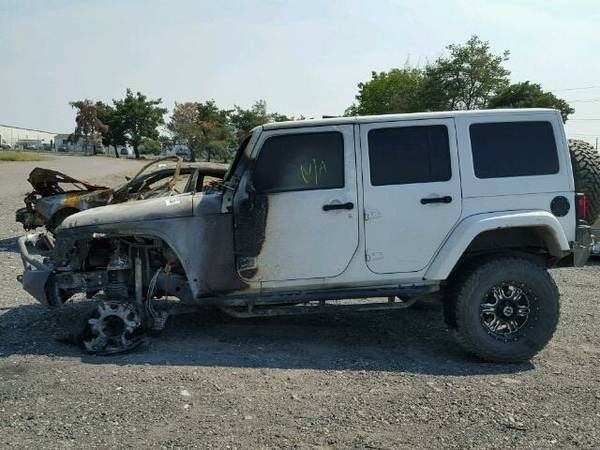 2014 JKU WRANGLER RUBICON 4 DOOR AUTOMATIC ONLY 28K DISMANTLING – auto parts – by dealer
