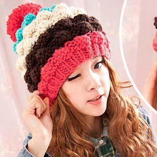 2013-new-arrival-beautiful-color-patchwork-crochet-girls-pineapple-cap-women-winter-hats-female-s-beanies.jpg (309×309)