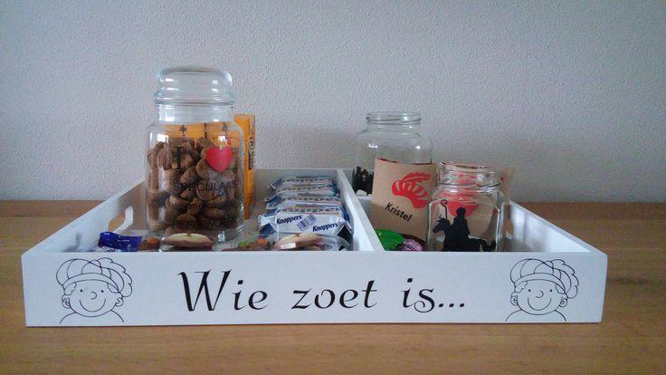 Dienblad Sinterklaas: Wie zoet is.....