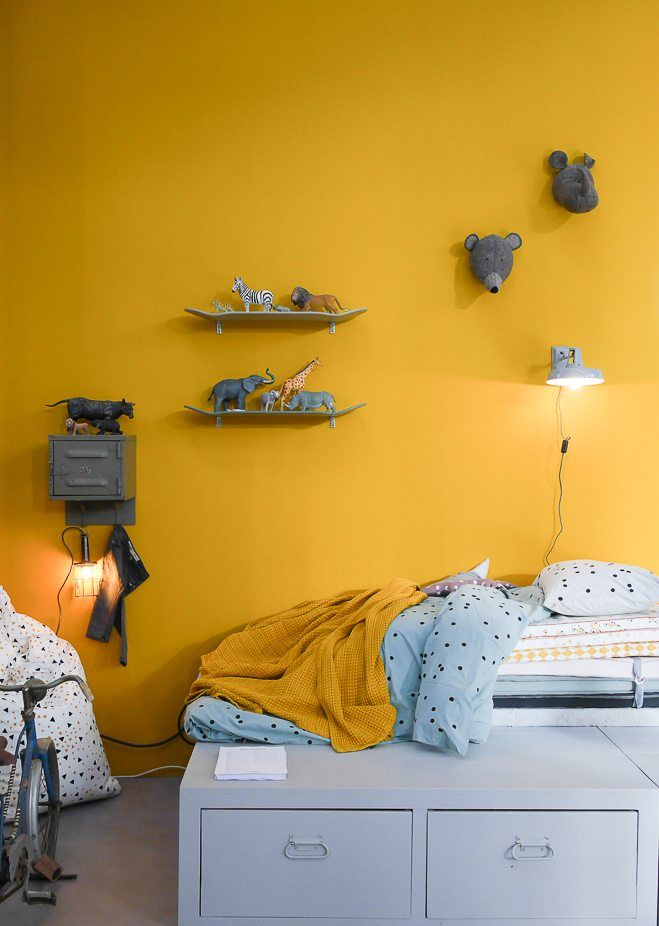 Best 25 yellow paint colors ideas on pinterest yellow for Decoration murale jaune moutarde