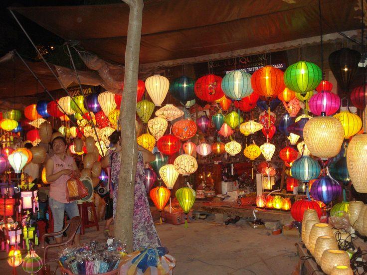 Vietnam Night Market Life. KC Pix.