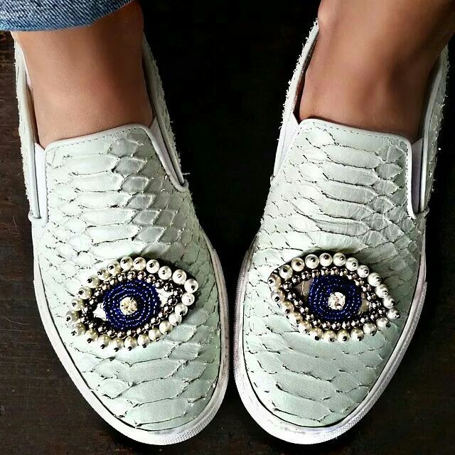 Visibly Interesting: beaded eye shoes