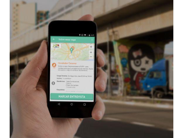 Emprego Ligado foi uma das cinco startups selecionadas na competição FbStart, promovida anualmente pelo Facebookhttp://idgnow.com.br/internet/2016/05/31/app-brasileiro-e-eleito-melhor-da-america-latina-pelo-facebook/
