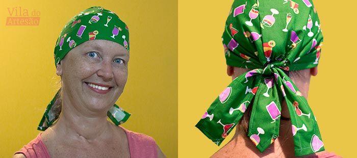 Cris usando a bandana multiuso