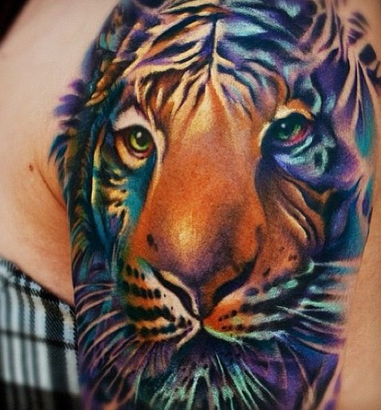Amazing color tattoo