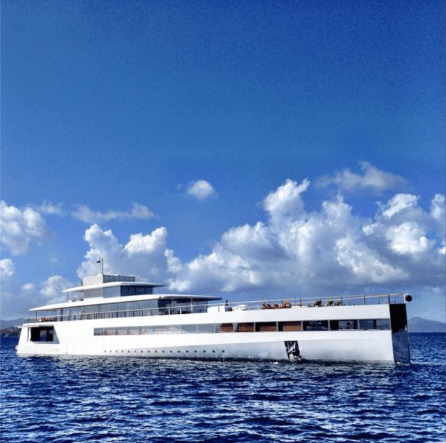 new-pictures-of-steve-jobs-yacht2