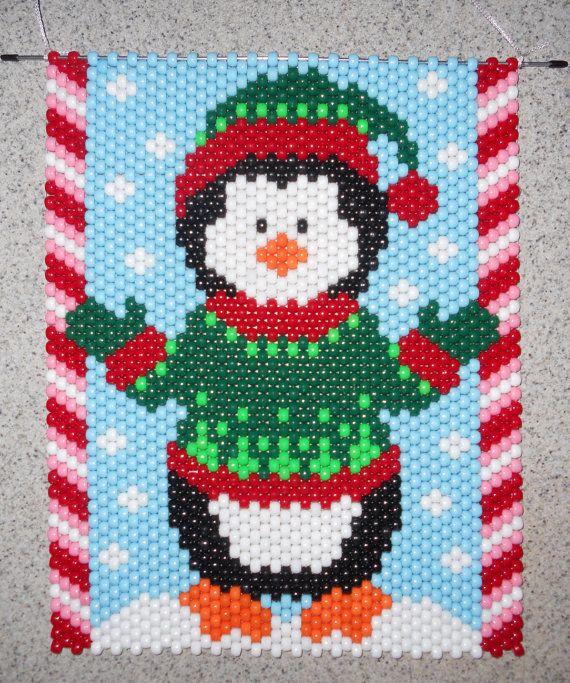 Mano a mano con cuentas de pingüino de Navidad Banner cuentas con la suspensión del cable de Nylon blanco
