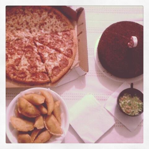 Pizza, empanadas & cake yumm!