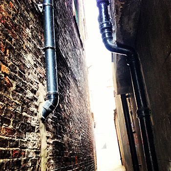 Shadow encounters, theatre in the alley opp M&S loading bay, between Savers & Poundworld. Click through for times #coastival