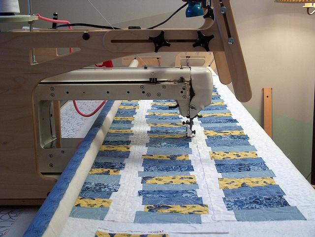 baileys arm quilting machine