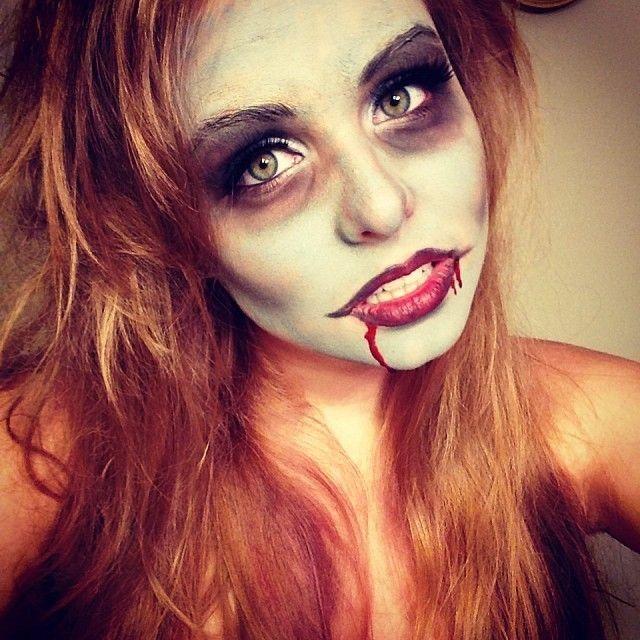 Sexy Zombie Makeup Idea