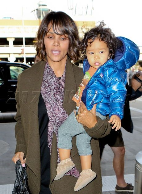 Halle Berry And Olivier Martinez Take Son Maceo To Paris - Halle Berry Photos - X17 Online