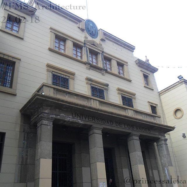 [55/365] Día 24. Arquitectura: Universidad de Los Andes.  (Day 24. Architecture: University of Los Andes.)     #FMSPAD #FMSPhotoADay #FMSPhotoADayFeb #FMS_Architecture #EmbraceEverydayJoyfully #365DaysOfPhotos #BFYT #Arquitectura #Universidad #ULA #UniversidadDeLosAndes #Merida #Venezuela #Architecture #University http://bit.ly/2F5Lgwj