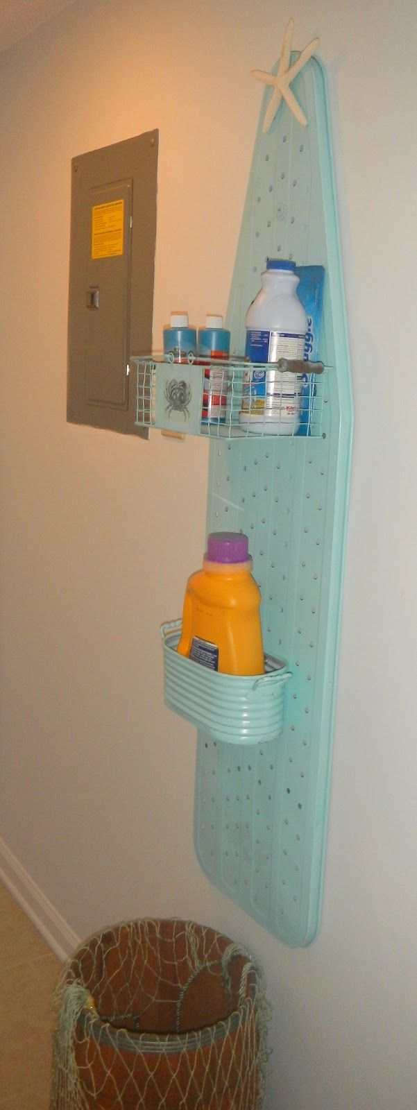 Laundry-Room Organizer
