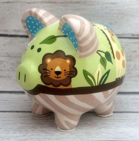 Mano de artesanos amigos de Safari pintado cerámica