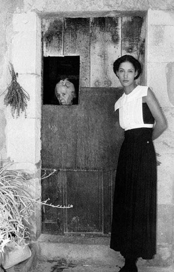Italian Vintage Photographs ~ Ferdinando Scianna. Sicily. 1987 #Italy #Italian #vintage #photographs #family #history #culture