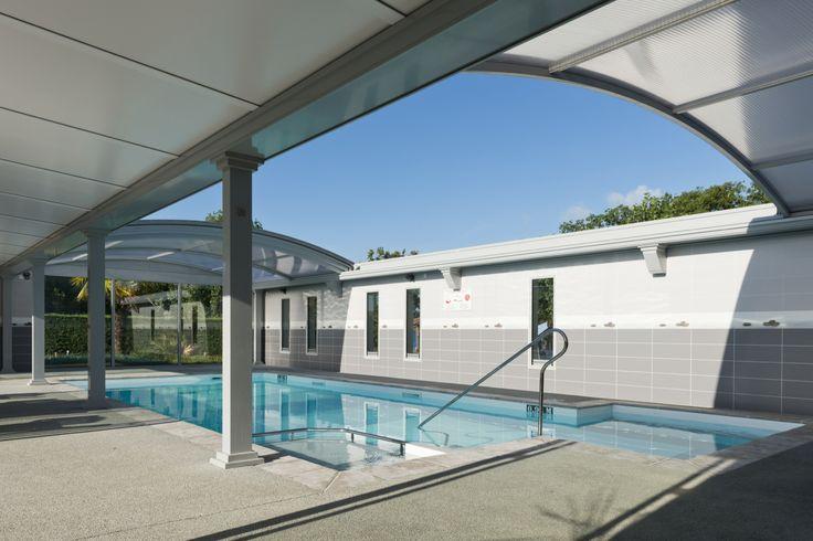 12 best piscines bien tre et spas images on pinterest for Reglementation piscine privee a usage collectif