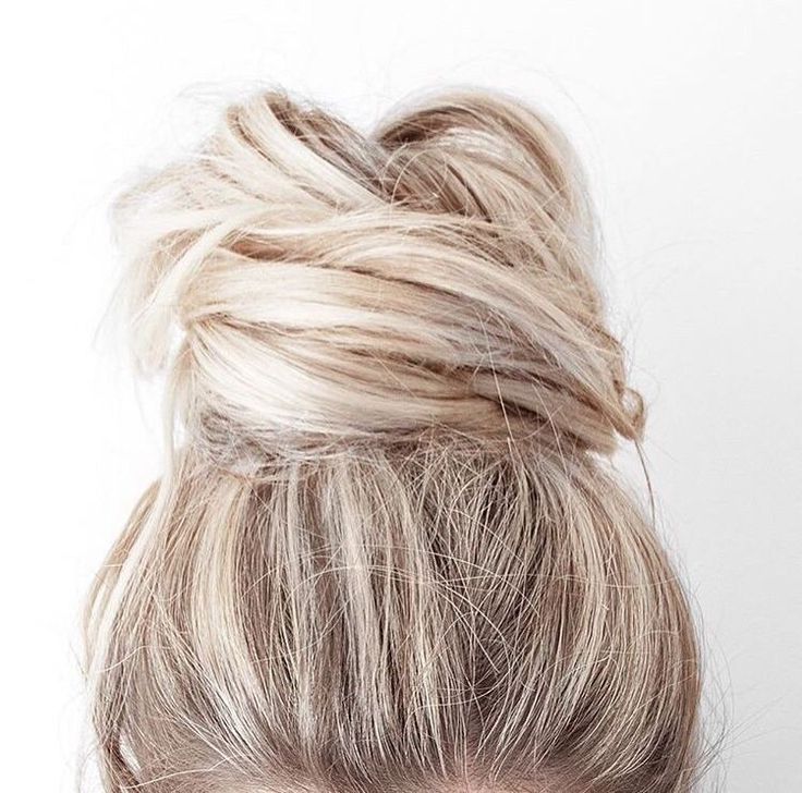 """Sunday bun-day  Comment """"ME"""" if your hair is up on a bun today  (Photo by @kirstyfleming) by luxyhair"""