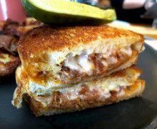 今日はグリルチーズサンドイッチデーの日 |カナダ留学留学センターU23ブログ