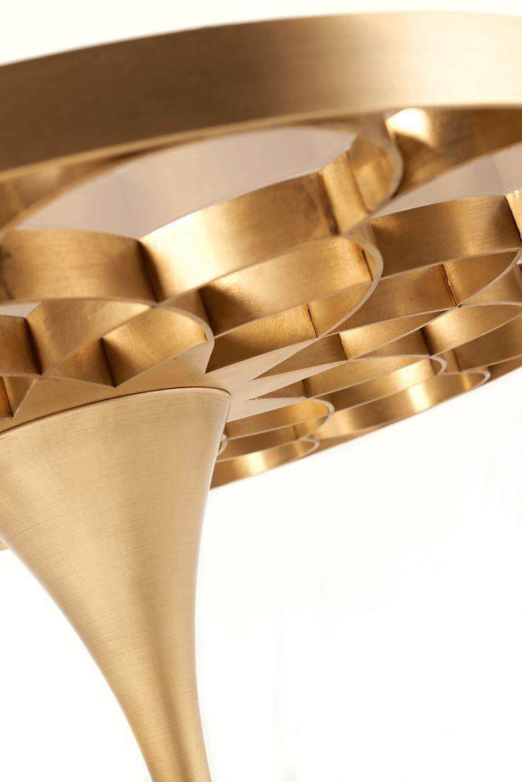 Queenly Table www.bateye.com #bateye #bateyecollection #bateyepieces #luxury #luxuryfurniture