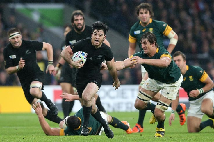 Rugby World Cup 2015 - UN-EBEN CONTEST: South Africa's Eben Etzebeth reaches out to get a hand on Nehe Milner-Skudder to prevent the All Black breaking clear
