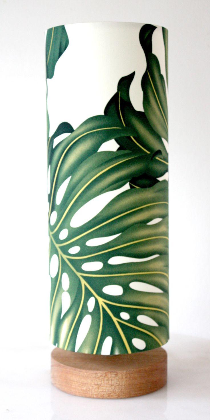 monstera leaf table lamp
