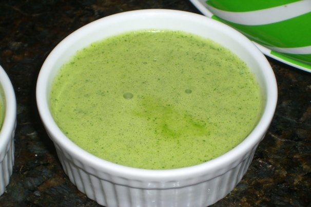 Aji Verde (Peruvian Green Chili Sauce). Photo by ChristianLawson *** Mayo to make it creamy ***