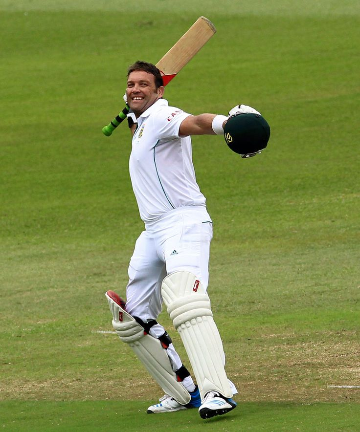 Jacques Kallis celebrates a century on his last Test, South Africa v India, 2nd Test, Durban, 4th day, December 29, 2013 ©Associated Press