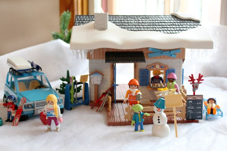 Are you looking for ways to embrace the cold, chilly winter? See how you can with the Winter Sports Theme Ski Lodge and Winter SUV playsets from Playmobil Canada!