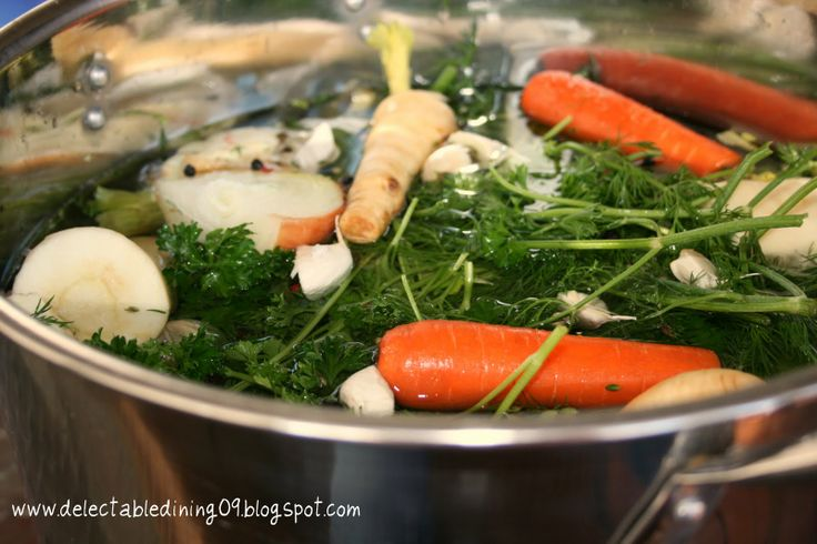 How to make basic Chicken Stock (courtesy of Ina Garten)