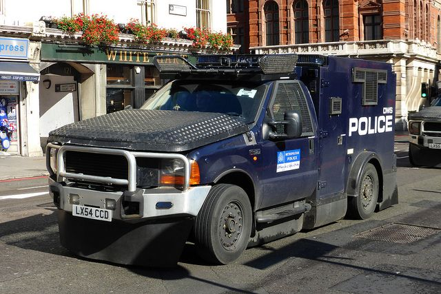 Metro Police In Ford F450 Modified By Jankel Uk Ford