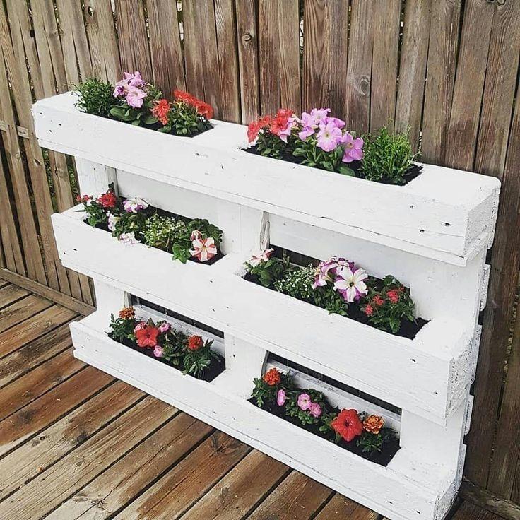 Muebles con palets para plantas
