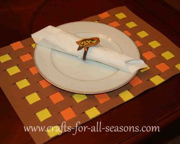 thanksgiving crafts | This is also a great craft for children since theweaving will give ...