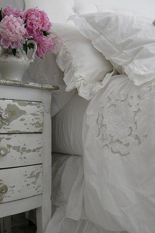 shabby style selber machen mobel deko, weiße, abgenutze möbel, pastellfarbene deko und omas porzellan: der, Design ideen