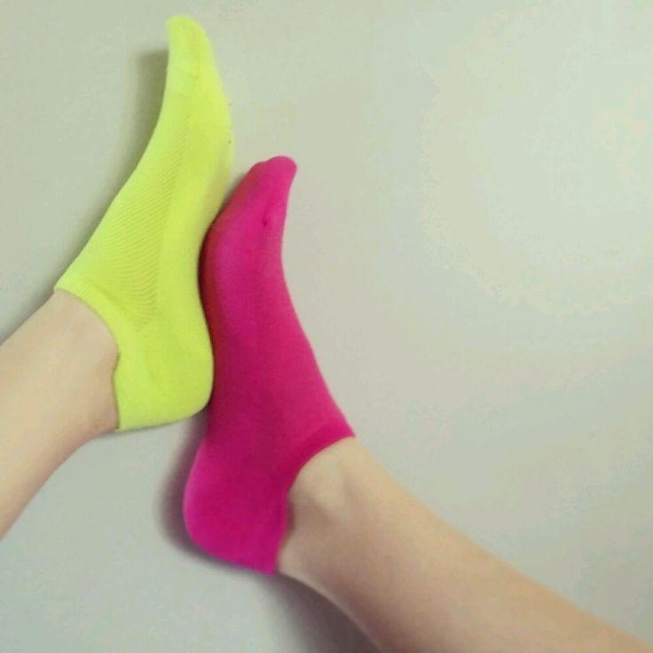 #neon #socks #rockasockarna