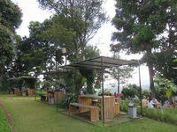 detikcom | Ini 6 Tempat Makan di Bandung dengan Pemandangan Alam yang Cantik!
