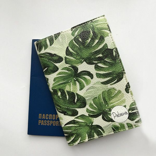Passport Holder cover leather Monstera Leaves – a unique product by Pabawa on DaWanda #passportcover #passportholder #dawanda #dawandamarketplace #dawandahandmade #pabawa