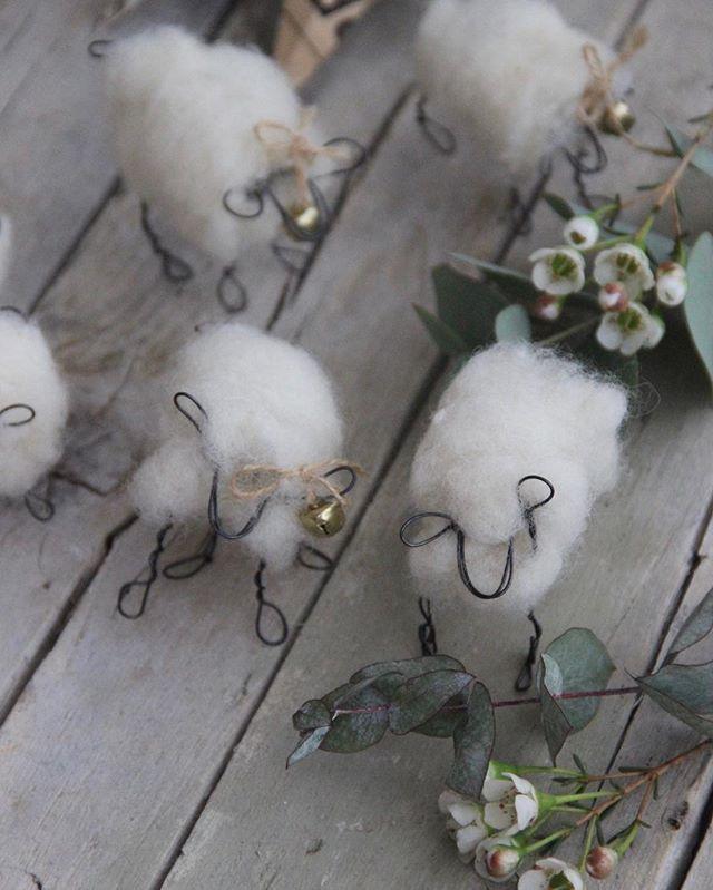 How cute!!  Handmade by Fili di Poesia