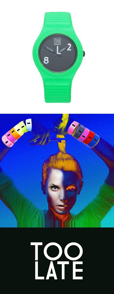 TOO LATE(トゥーレイト)   NYのMoMaデザインストアにより発掘され、1年と経たぬうちに世界的人気ブランドとなったTOO LATE(トゥーレイト)。 それは、社交的な27歳のビジネスマン、エール・ファゴッツィのアイデアから誕生したイタリア発のブランドです。 時計の他にラバー素材の時計、ベルト、USBメモリーなど遊び心あふれるラバー素材を使用したアイテムを展開中。
