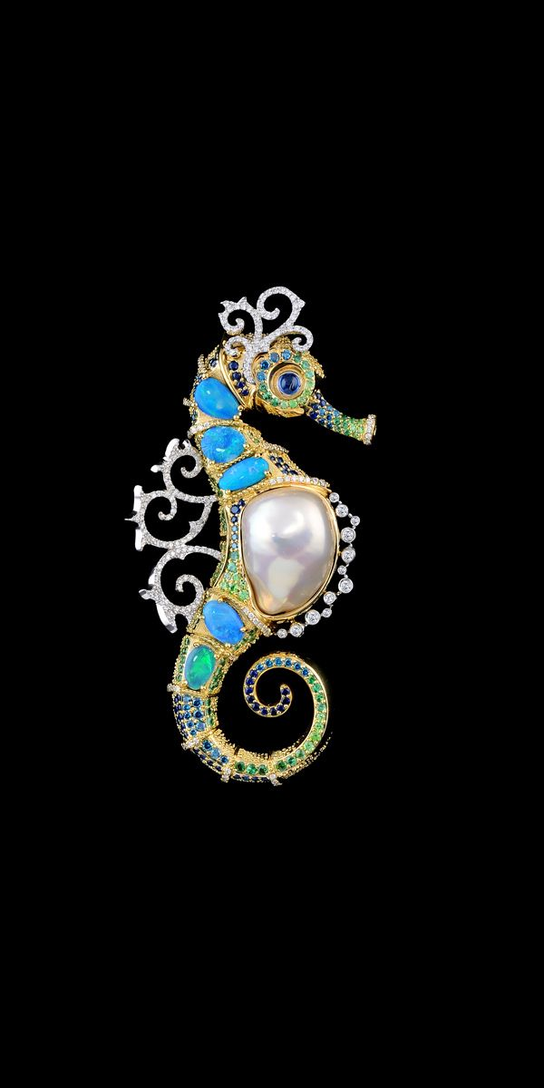 Master Exclusive Jewellery - Collection - Ocean secrets seahorse pendant #9004. 18K yellow and white gold, baroque pearl, opals, diamonds, blue diamonds, blue sapphires, tsavority, demantoid garnets.: