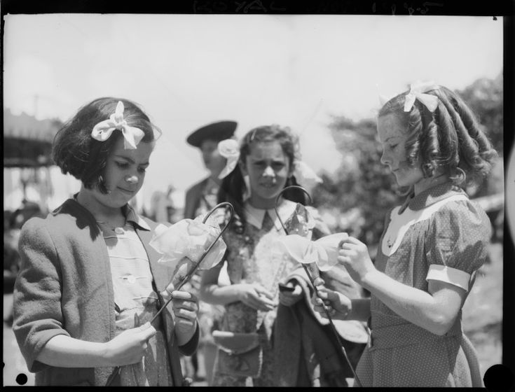 046973PD: Girls with cupie dolls, 1945.  http://encore.slwa.wa.gov.au/iii/encore/record/C__Rb2395287__S046973PD__Orightresult__U__X3?lang=eng&suite=def
