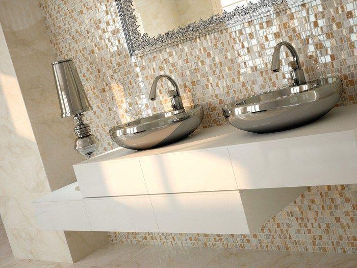 Carrelage Salle De Bains Simili Marbre Mosaique Nacre Et Vasques Mtalliques