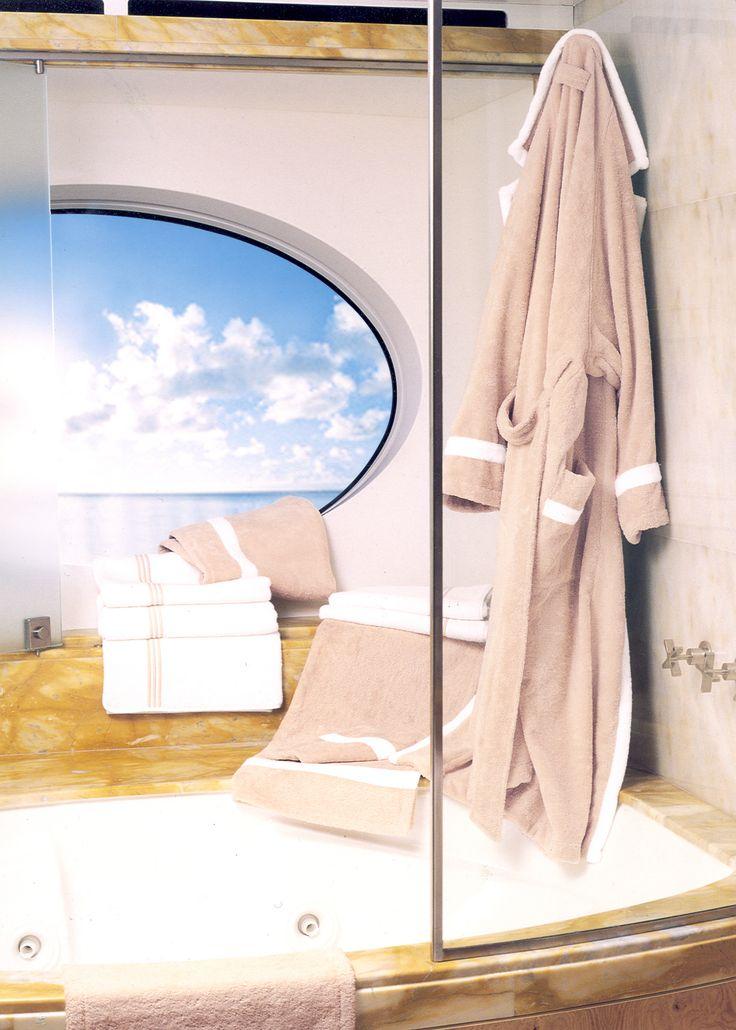 """Tubo"" Applique on Towels and Bathrobe  #pratesi #pratesiluxurylinens #luxury #yacht #luxurylife #sea #elegance #madeinitaly #fashion #bedding"