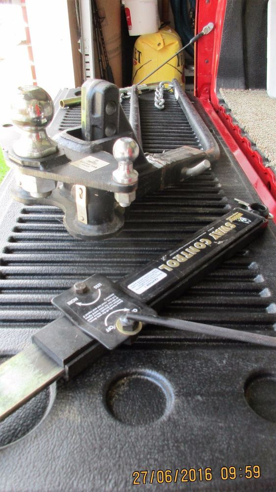 HUSKY Weight Distributing Hitch System w/ Friction Sway Control Used & stackers #HUSKY
